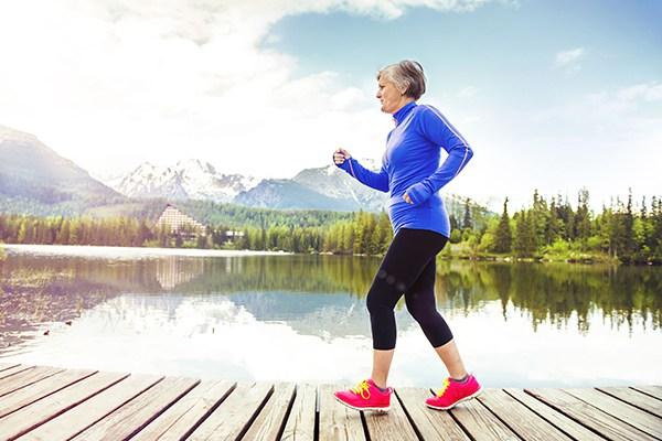 Đi bộ giúp cơ thể nhanh nhẹn