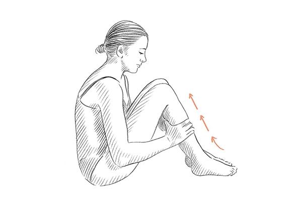 Massage bắp chân giúp nhỏ chân