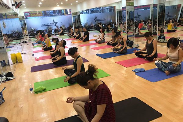 IRON Fitness and Yoga quận 12