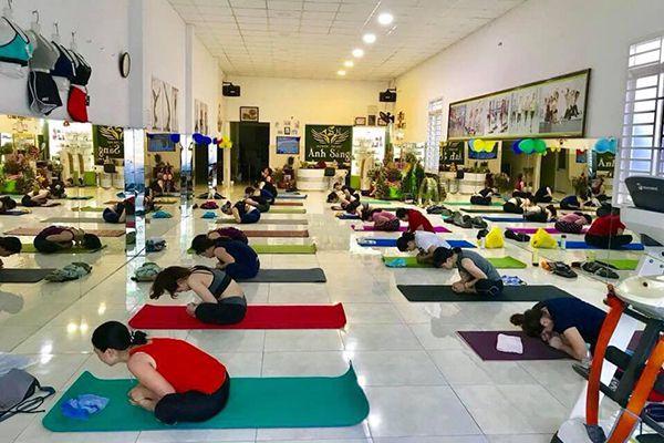 Phòng tập Yoga Ánh Sáng Spa