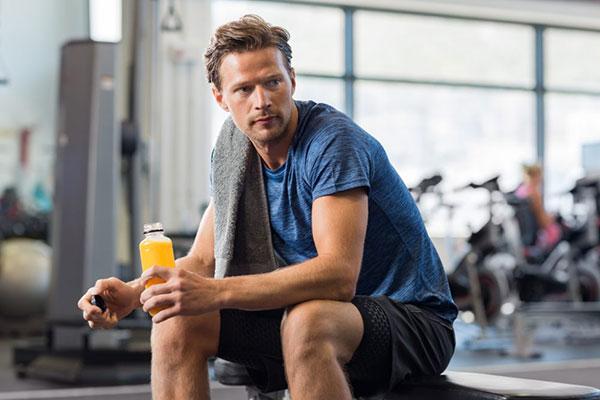 Bổ sung nước khi tập Gym