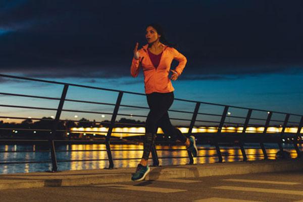 Có nên tập thể dục buổi tối?