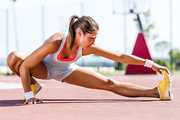 Khởi động kỹ trước khi chạy bộ