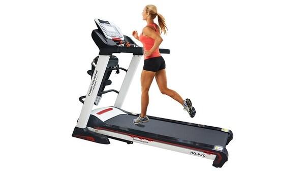 Tập luyện với máy chạy bộ mang lại nhiều tác dụng cho sức khỏe và vóc dáng